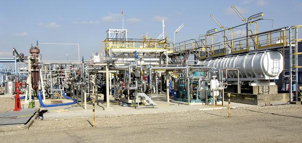 Unite pilote U740 boucle separation GOwSP (Gas-Oil-water Separation Platform) a IFPEN Lyon - Moyen d'essais d'equipements et moyen d'etudes de la separation de melanges gas-huile-eau dimensionne et construit dans le cadre d'un contrat de recherche avec Total (projet PAZFLOR de Total)